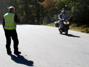 Pete coaches a student in Stayin' Safe braking exercise